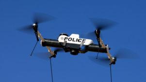 """Politsei droonid kehtestavad Brüsselis karantiinireegleid: """"Püsige kodudes!"""""""